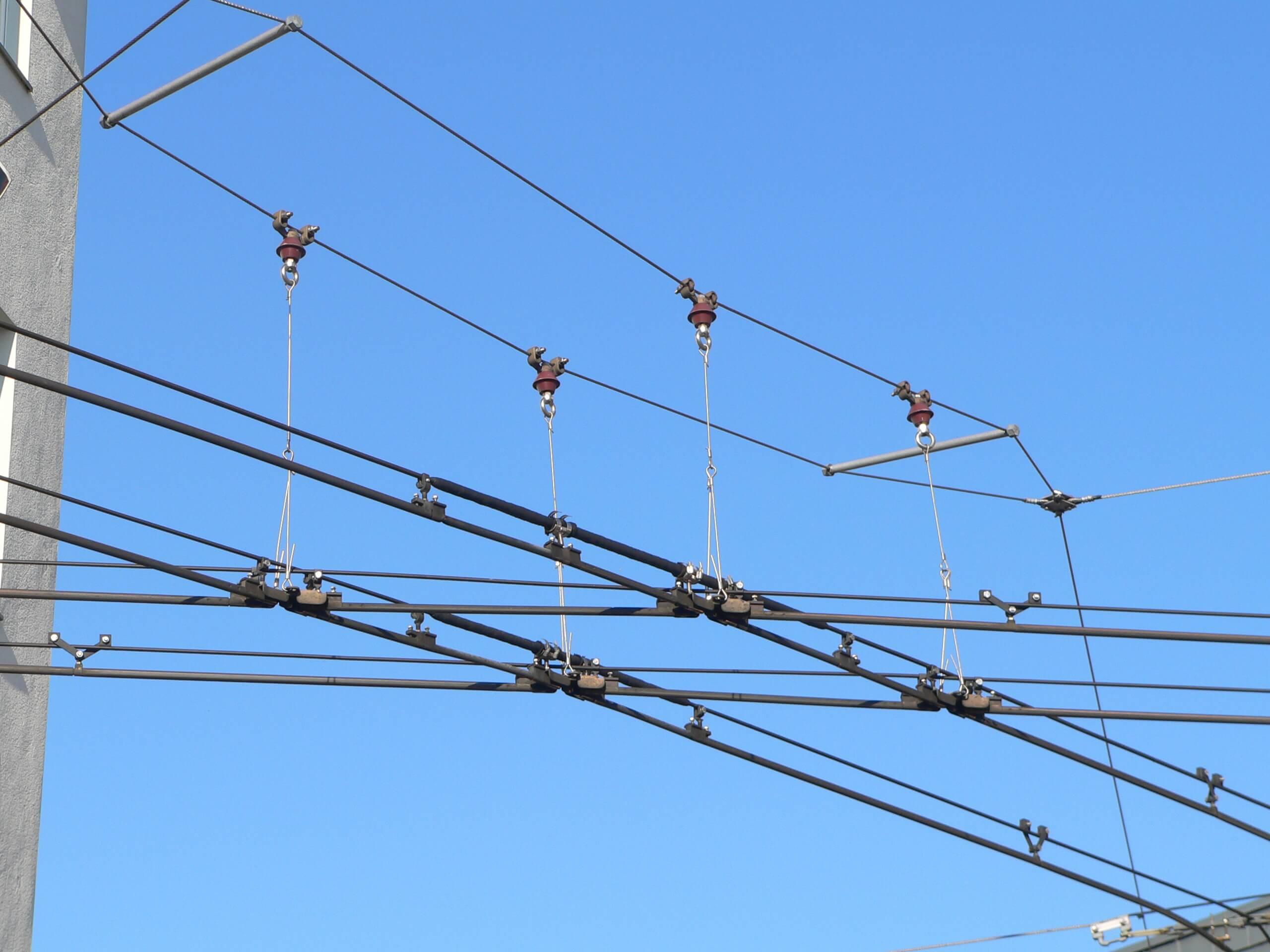 Предоставляем вышки для ремонта троллейбусных линий